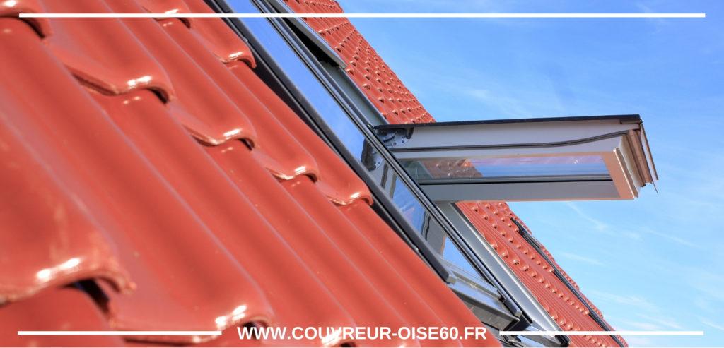 fenetre de toit sur une toiture en ardoise tuile velux