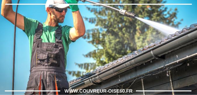 nettoyage toiture avec spray haute pression